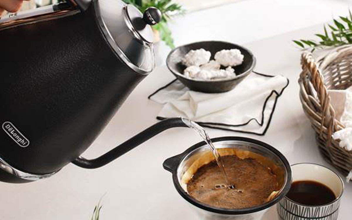細いお湯を思いのままに!コーヒーや紅茶を淹れるならデロンギのケトルにお任せ