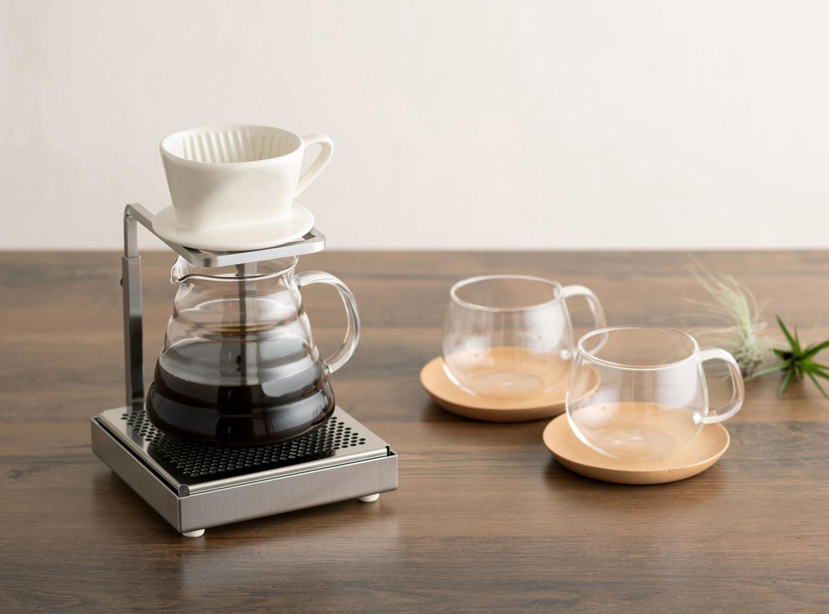 マグカップやタンブラーに直接コーヒーを注げる!高さ調整可能なステンレスドリップスタンドが登場!