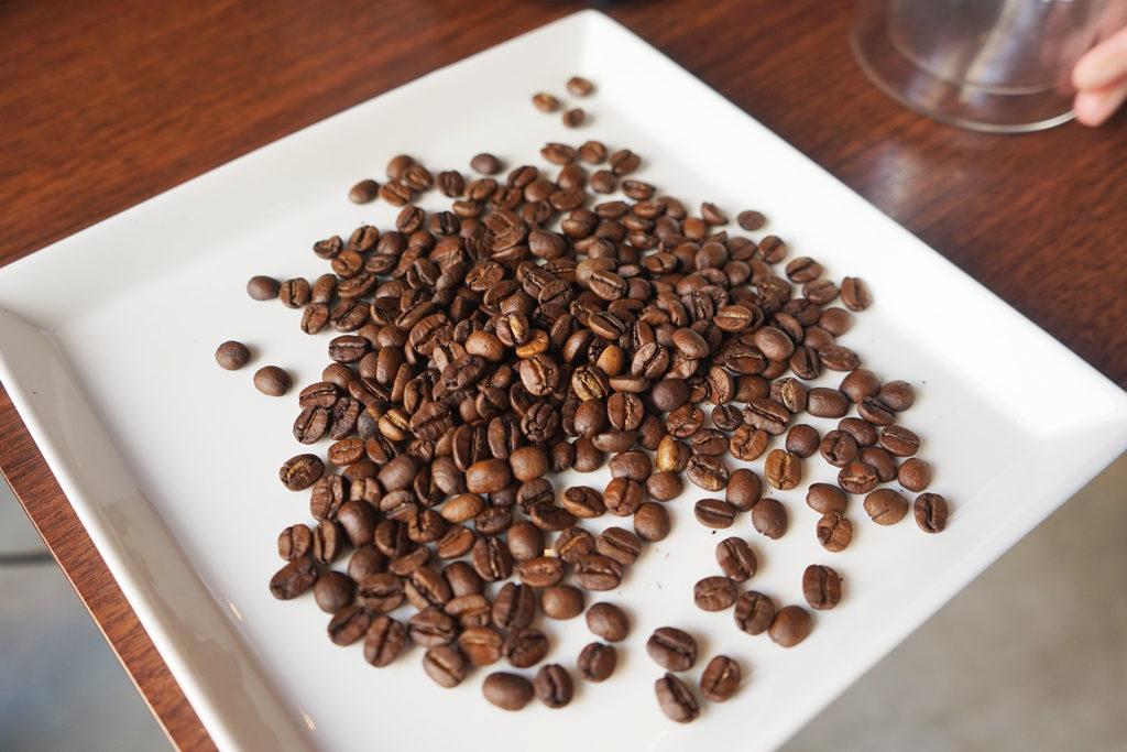 The Roastで焙煎したブラジルのコーヒー豆