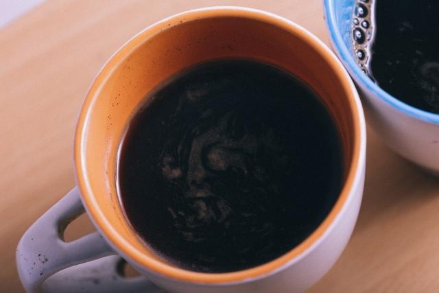 インスタントコーヒーとレギュラーコーヒーの違い