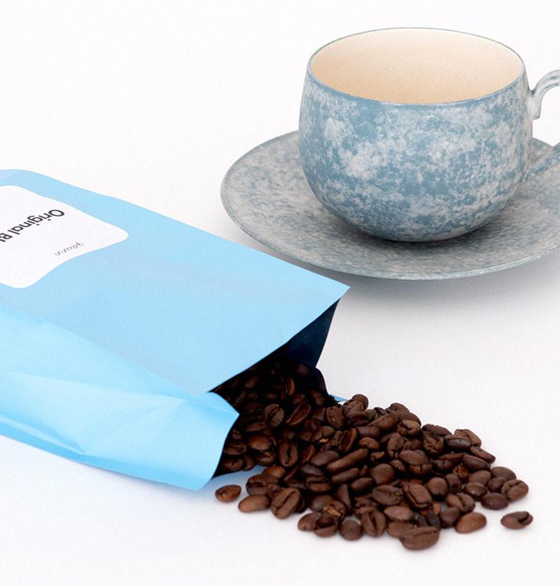 岡崎慧佑×yaunn 空と雲のカップ&ソーサー・コーヒー豆セット 製品概要