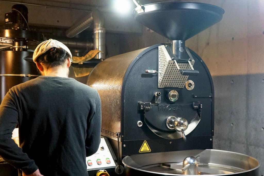 徳光珈琲で使用しているドイツ製焙煎機PROBAT