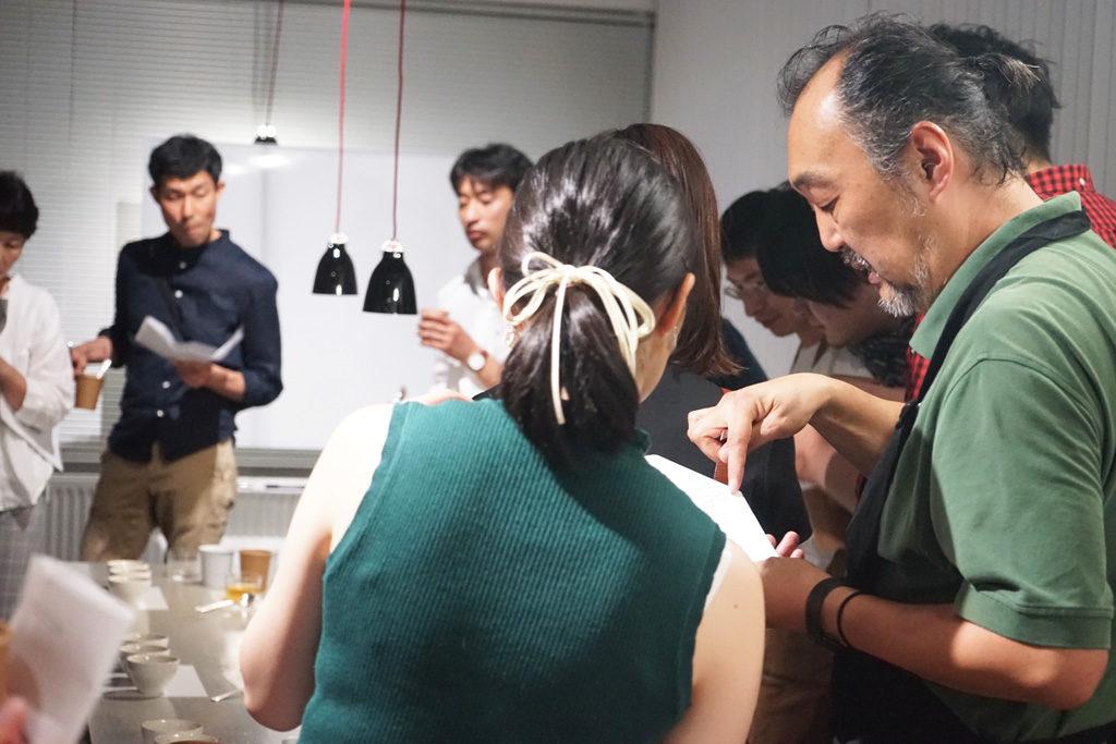 METAD社カッピングパーティーカッピングの様子4
