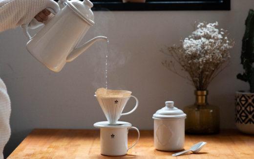 柔らかい雰囲気が素敵!ホーロー製のコーヒー器具セット『HORONA(ホロナ)』登場!