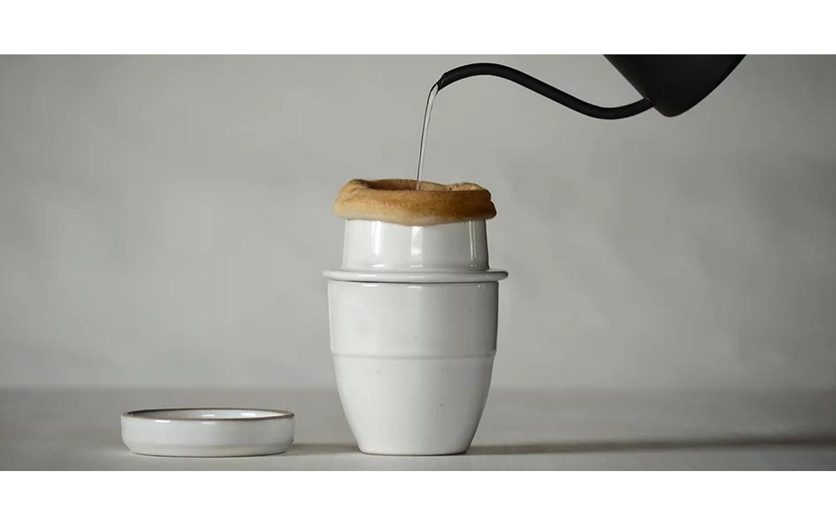 毎日使いたくなる!陶器製の1人用ネルドリップセット『soupir(スピール)』登場