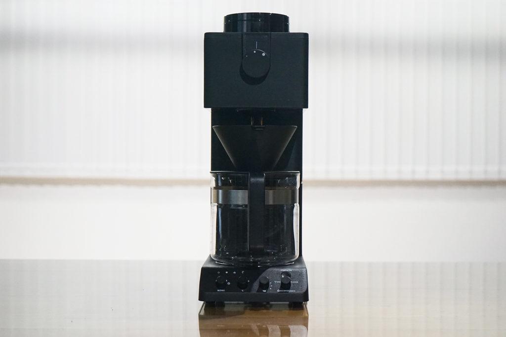 『全自動コーヒーメーカー CM-D465B』正面