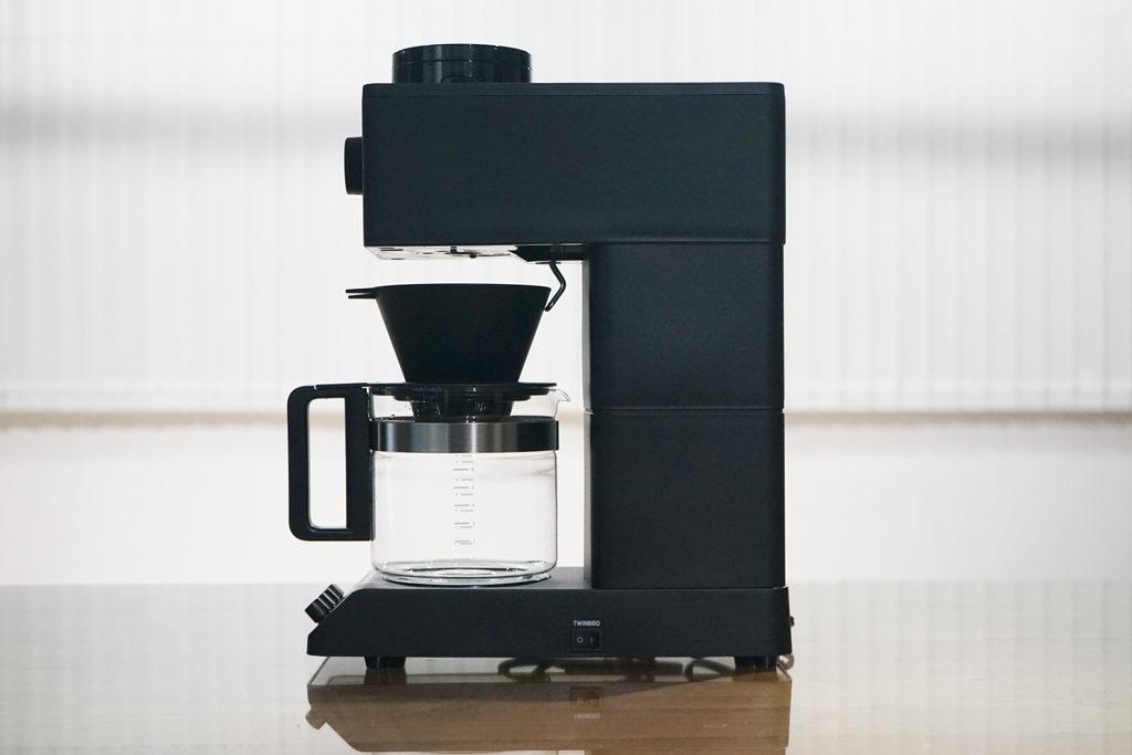 『全自動コーヒーメーカー CM-D465B』横から