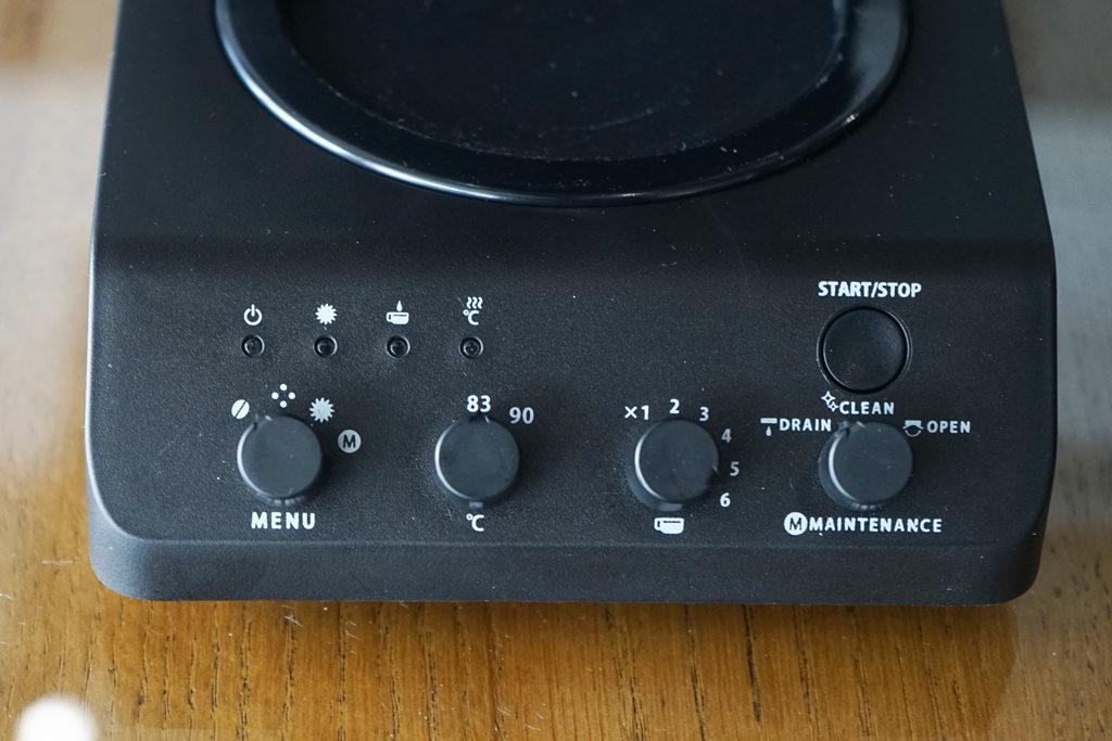操作ダイヤルとボタン