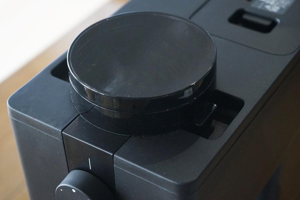 コーヒー豆を入れるホッパー