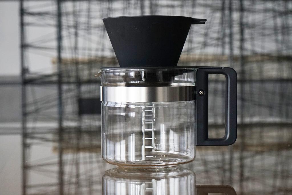 コーヒーサーバーとドリッパー