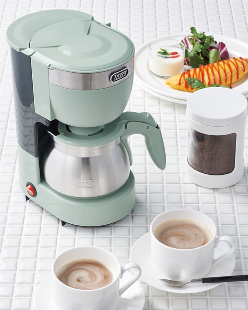 Toffy 5カップアロマコーヒーメーカー使用イメージ