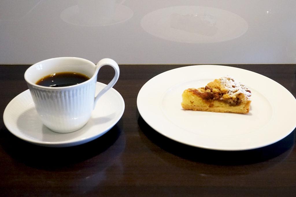 『カフェ パサパ』ケーキセット