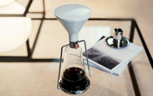 デザインと性能が良すぎる!スマートコーヒーメーカーGINA (ジーナ)から、アプリ不要モデルの比較的安価なGINA BASIC (ジーナ ベーシック)が登場!